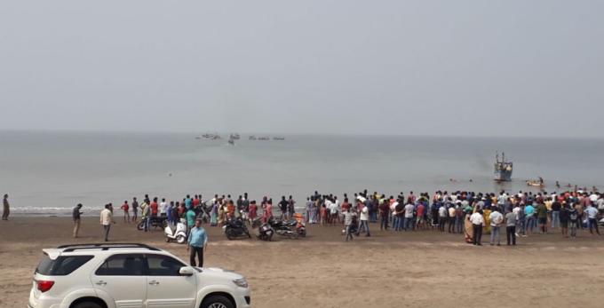 Ambarcațiune scufundată, în India