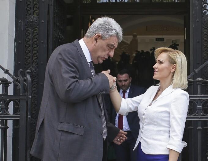 Premierul Mihai Tudose se intalneste cu primarul general al capitalei, Gabriela Firea