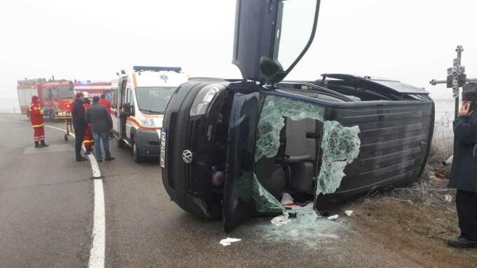 Un microbuz de pasageri s-a răsturnat în Alba