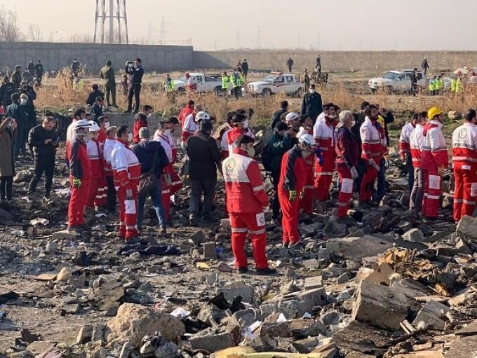 Un avion ucrainean cu 180 de persoane la bord s-a prăbușit în Iran. Toți pasagerii au murit - 11