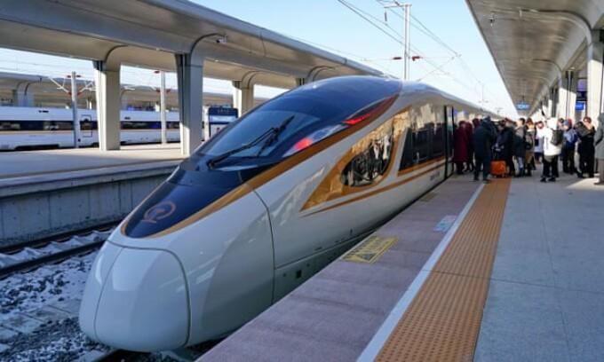 Tren autonom din china