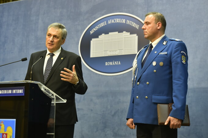 Ministrul de Interne, Marcel Vela
