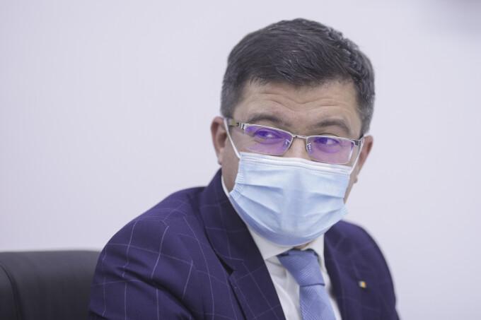 DNA cere urmărirea penală a lui Costel Alexe. Fostul ministru ar fi luat mită 22 de tone de tablă