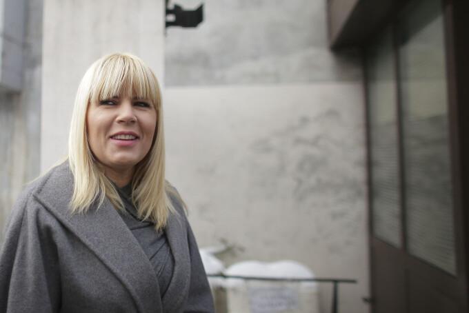 Elena Udrea a anunțat că are covid cu o zi înainte de ultimul termen în procesul finanțării campaniei electorale din 2009