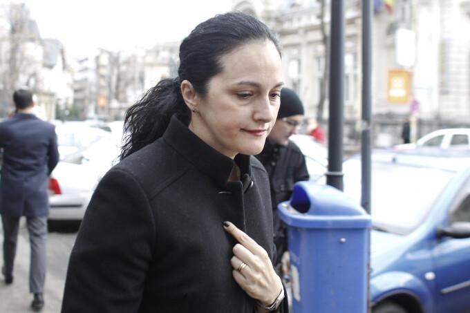 Alina Bica rămâne cu pedeapsa de 4 ani închisoare, după ce Curtea Supremă i-a respins recursul în casaţie