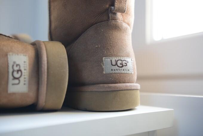 (P) Cum recunoști o pereche originală de cizme UGG