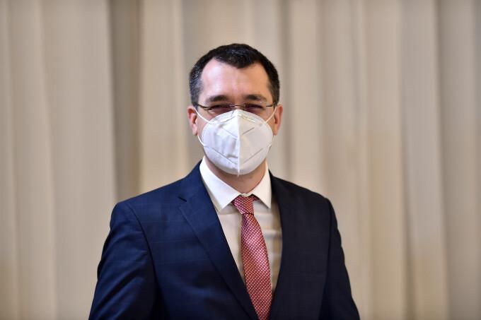 Vlad Voiculescu anunță controale: 30% din vaccinări au fost făcute în afara platformei