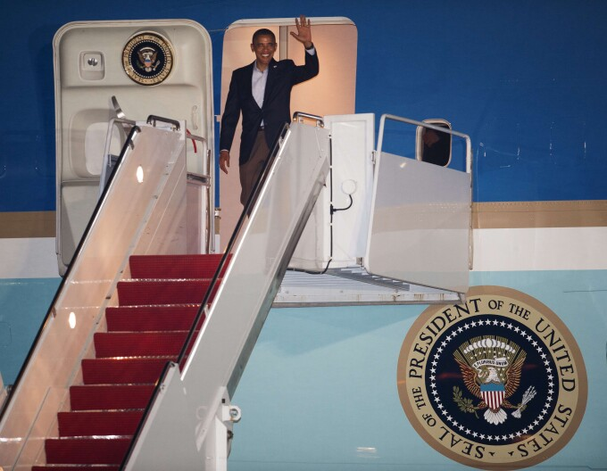 Barack Obama air force one