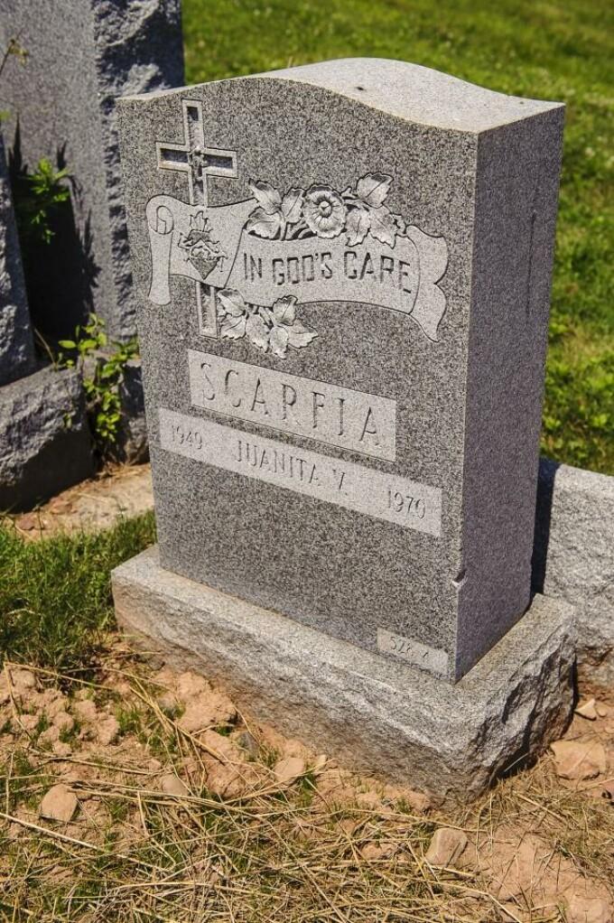 piatra funerara