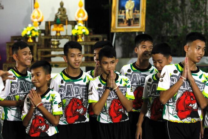 baieti pestera thailanda