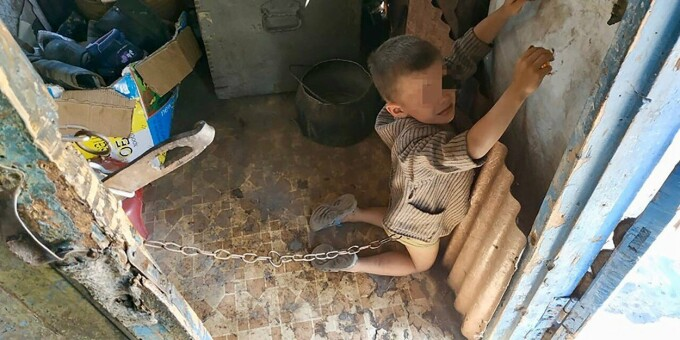 Copil torturat de tatal sau in Ucraina - 6