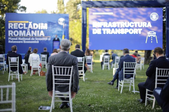 Evenimentul de lansare a Planului Naţional de Investiţii şi Relansare Economică, elaborat de Guvernul României, în București