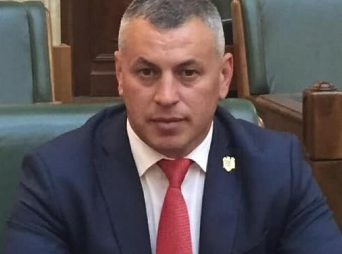 Liderul PNL Vrancea care a dat BAC-ul la 42 de ani nu a luat examenul nici după contestație