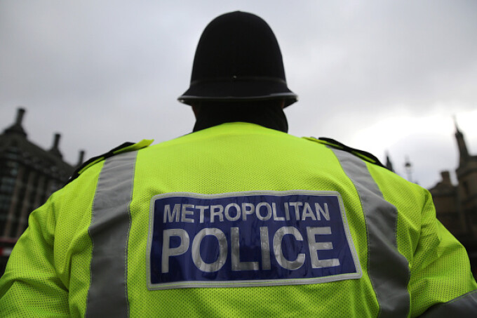 politist marea britanie