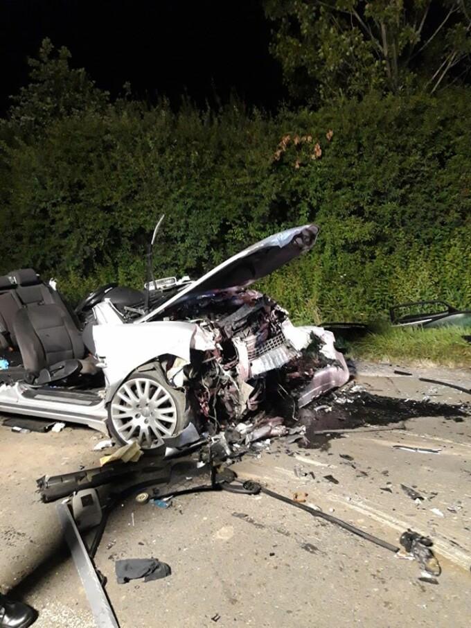 Așa arată după un accident o mașină cu volan pe dreapta. În 24 din 25 de cazuri e vina șoferului
