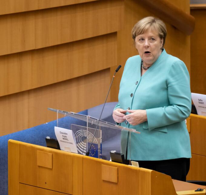 Anchetă incredibilă în Germania. Un spion egiptean, angajat al Angelei Merkel