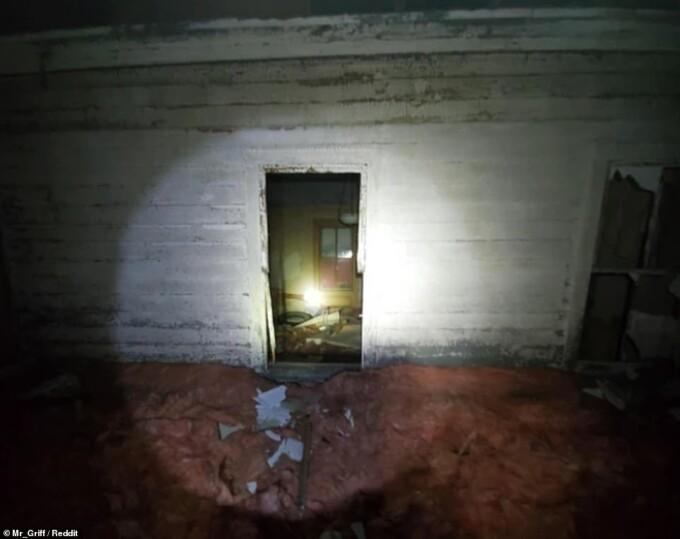 Descoperire înfiorătoare: O casă ascunsă într-o casă