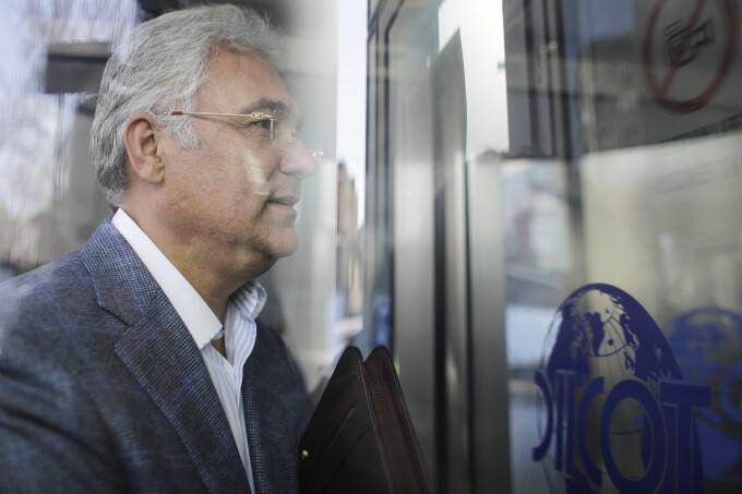 Începe judecarea în dosarul lui Adriean Videanu privind delapidarea Romgaz. Ce probe au fost excluse