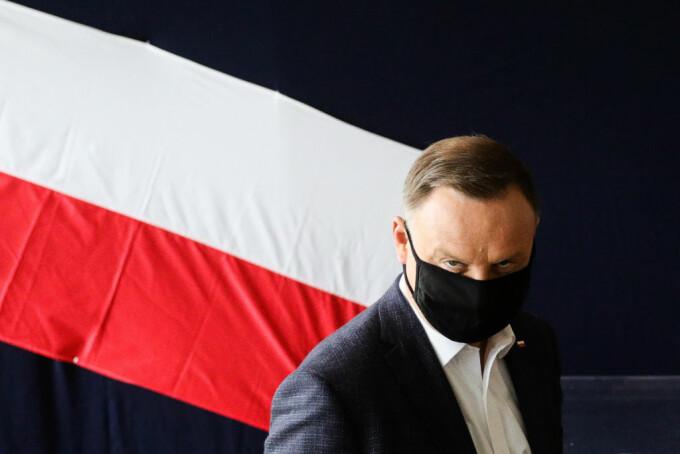 Ce farsă i-au făcut doi comedianţi ruşi preşedintelui reales al Poloniei