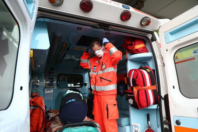 Un asistent medical din Vrancea, infectat cu coronavirus, a murit în spital. Mesajul emoționant al colegilor