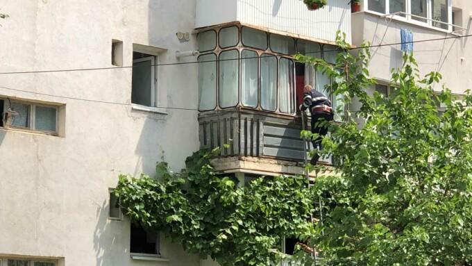 Caz șocant la Botoșani. O femeie a vrut să se omoare pentru că era hărțuită de 5G