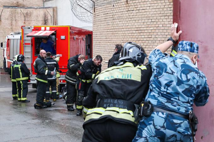 Incendiu într-un penitenciar pentru femei din Moscova. 850 de persoane evacuate. VIDEO - 3