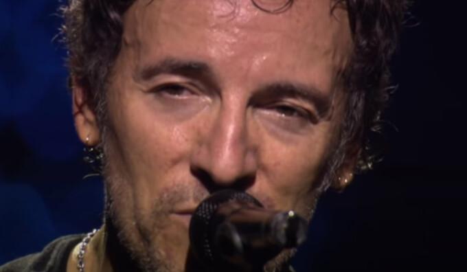 """Managerul lui Bruce Springsteen a spus că versurile """"Thunder Road"""" vor fi corectate după 46 de ani"""