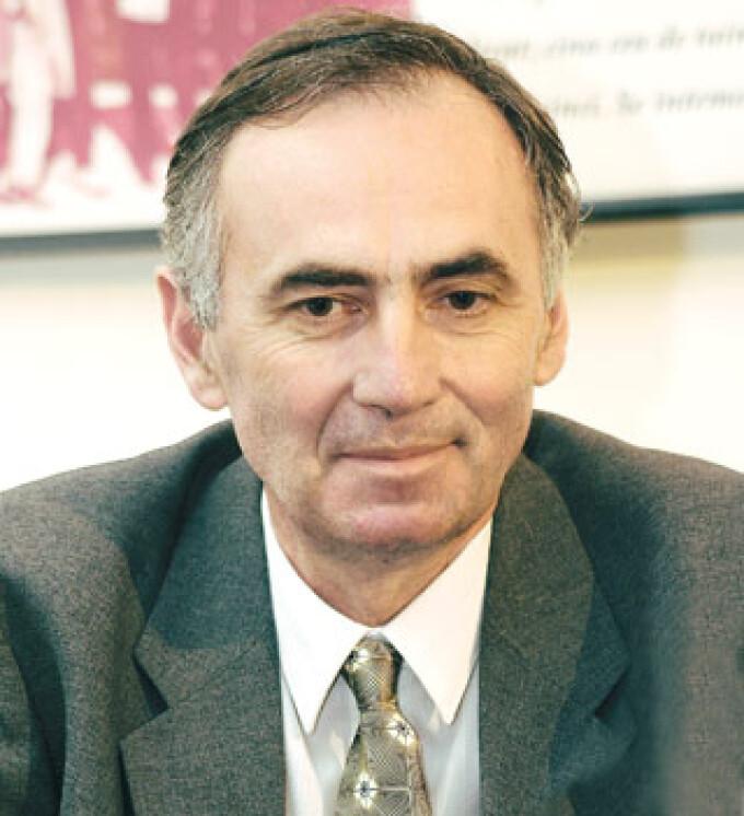 Radu Calin Cristea, desemnat director interimar TVR.Sergiu ...