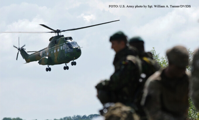 elicopter Puma si soldati romani FOTO DVIDS