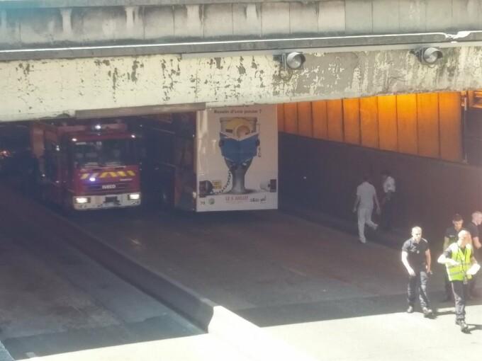 accident autobuz paris