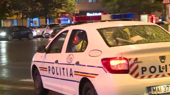 masina de politie noaptea