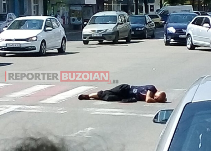 Un bărbat din Buzău a adormit, în plină zi, pe trecerea de pietoni