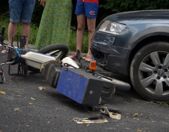 Motociclist grav rănit în urma impactului cu o maşină, în Constanța. FOTO - 1