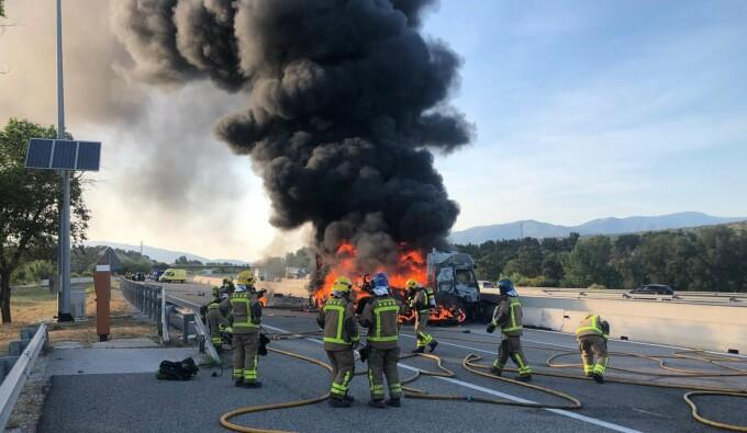 Șofer român de TIR ars de viu pe o autostradă din Spania