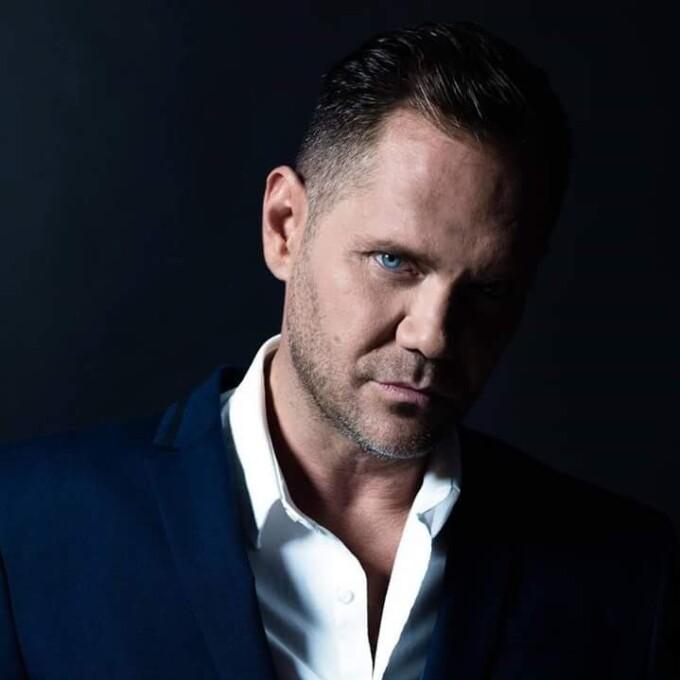 Actor de filme pentru adulți, arestat după ce a omorât o persoană în timpul unui ritual șamanic