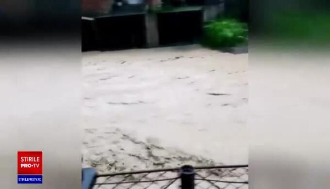 podea de inundații de la varico