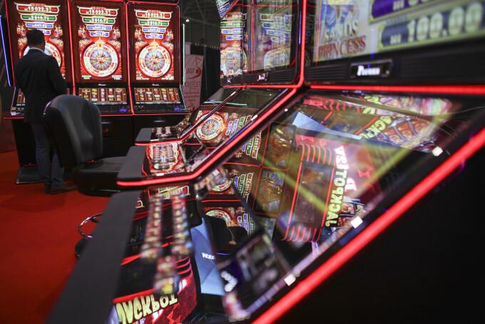 face bani pe piața jocurilor online)