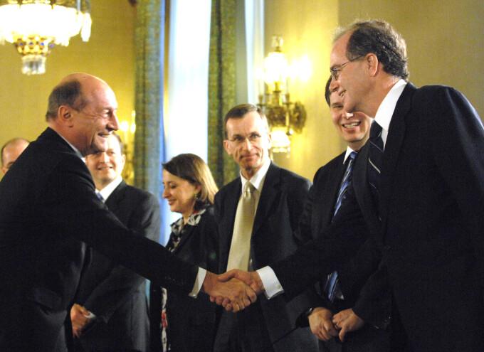 Basescu si FMI