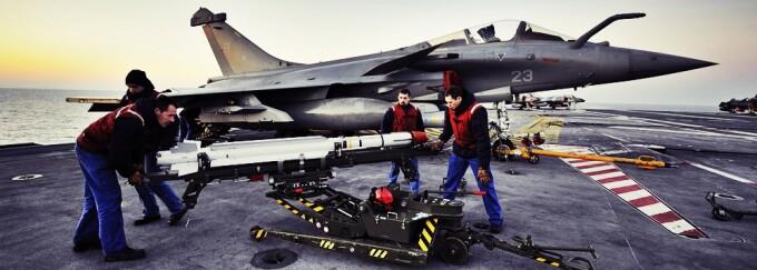 Rachete, avioane, scut,