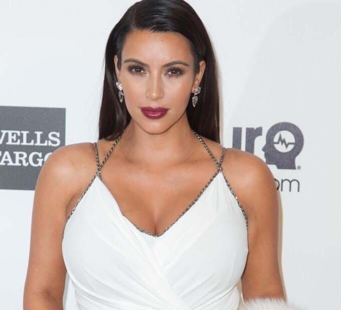 Kim Kardashian minte despre câștigul de greutate de 18 lire sterline?