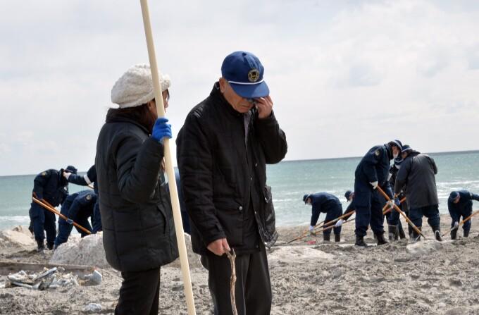Supravietuitorii tsunami-ului, in cautarea disparutilor
