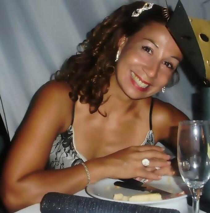 Sonia Perez Llanzon