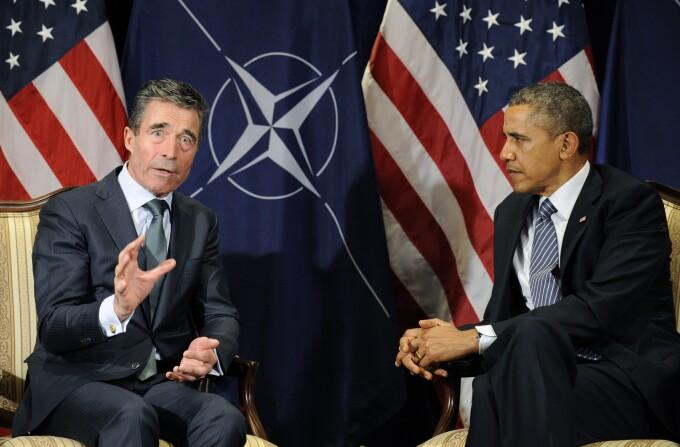 Anders Fogh Rasmussen, secretarul general al NATO, si presedintele american Barack Obama