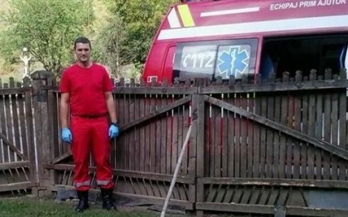 Meci de fotbal caritabil. Generatia de Aur a Romaniei si U Cluj vor juca pentru paramedicul Florin Benea