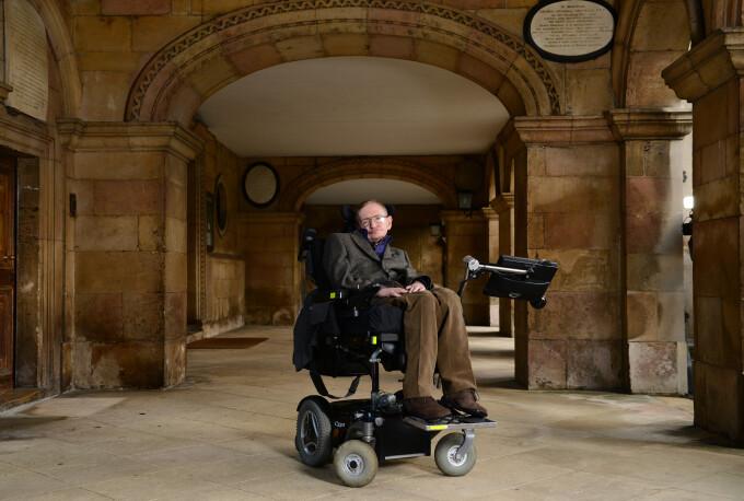 Fizicianul Stephen Hawking a murit la vârsta de 76 de ani
