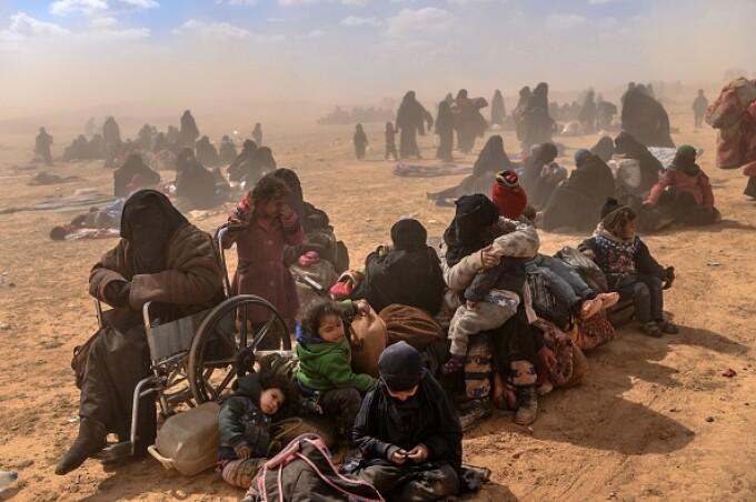 Ultimii jihadişti ISIS, printre care copii şi invalizi, dau bătălia finală