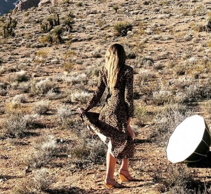 Cum arată un model Playboy după ce implanturile de 75.000£ au desfigurat-o. FOTO