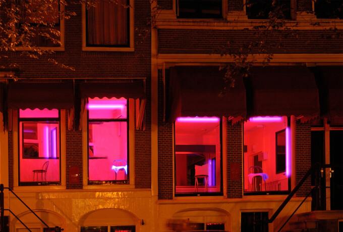 cartierul rosu