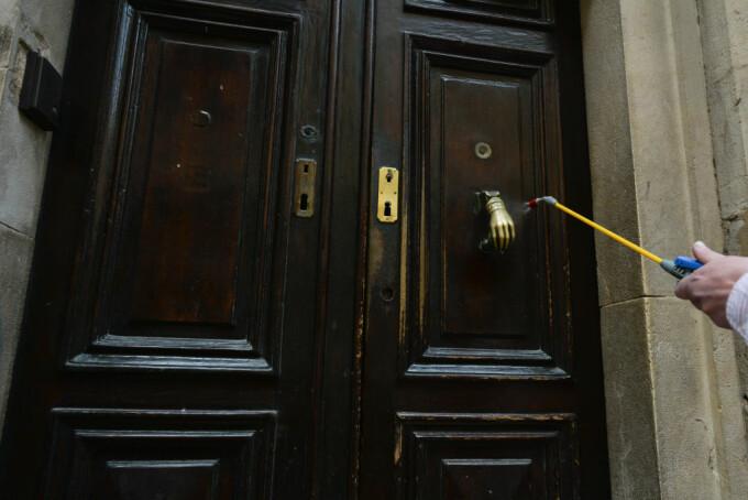 Principalele culte religioase din România recomandă credincioșilor să respecte regulile de igienă