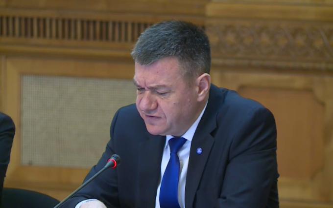 Ministrul Culturii, Bogdan Gheorghiu, vrea să impună pe radio și TV difuzarea de muzică românească în proporție de minimum 50%